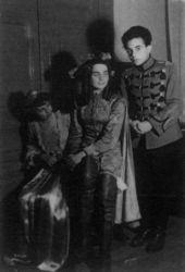 Andreea Tuculescu, Adina Tuculescu, Henry Mavrodin – 1955